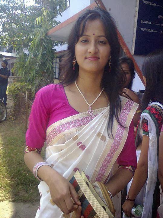 Beautiful Assamese Girl In Traditional Dresscute Indian Girl-7526