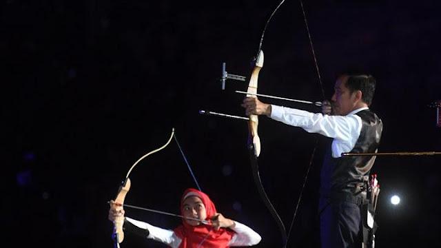 Serahkan Bonus Asian Para Games 2018, Jokowi: Negara Tak Rugi