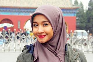 Hijab Laudya Cynthia Bella