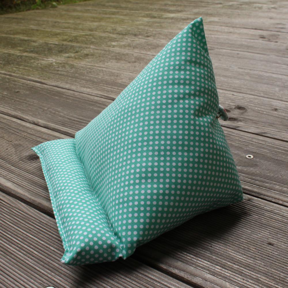 4 freizeiten n hen tablet kissen in besonderer mission. Black Bedroom Furniture Sets. Home Design Ideas