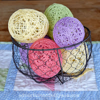 http://www.adventuresofadiymom.com/2016/03/how-to-make-string-easter-eggs.html