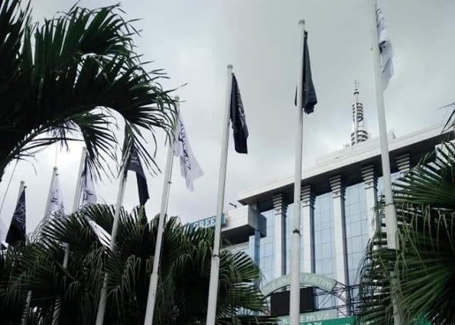 Viral, Bendera Berkalimat Tauhid Berkibar di Kantor Gubernur Kaltim