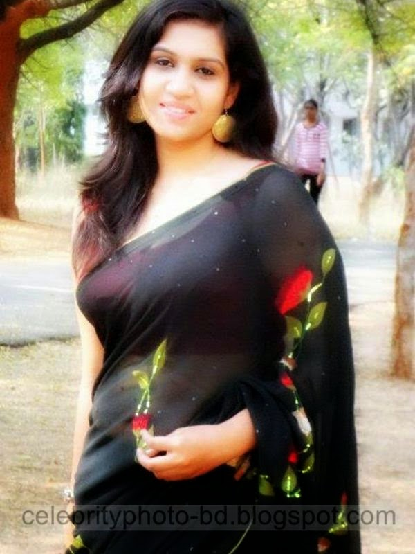 Sexy Bagherhat Girl's Latest Hot Photos and Ladies Album 2014 From Bangladesh