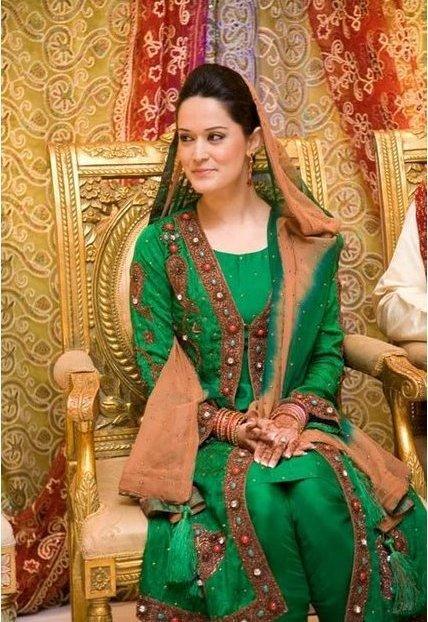 Muslim Baby Girl Wallpaper Download Natural Wallpapers Bollywood Wallpapers Hollywood