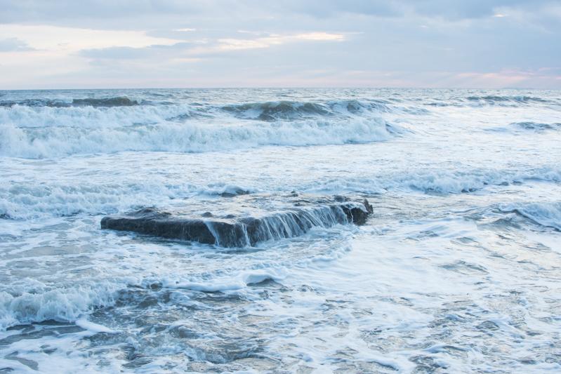 southerndown beach sea waves ocean rocks