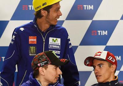 Fans Lorenzo Mengakui Kesulitan Cari Tempat Duduk di Markas Rossi Fumi