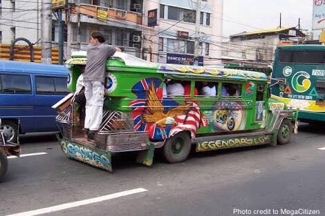 Makasaysayang Jeepney, unti-unti ng papalitang ng modernisadong Jeep.