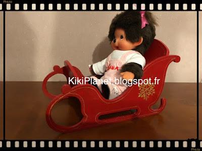 meubles miniatures fait main pour kiki ou monchhichi handmade traîneau père noel