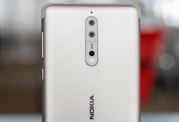 Nokia 8 Dalam Gengaman