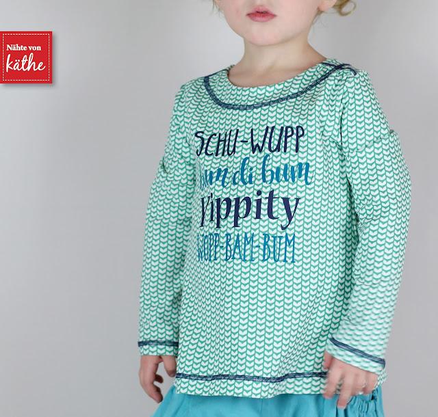 Shirt Lunita von Bienvenido Colorido erhältlich bei Farbenmix, Hose Bubble Pocket Shorts von Nähconnection