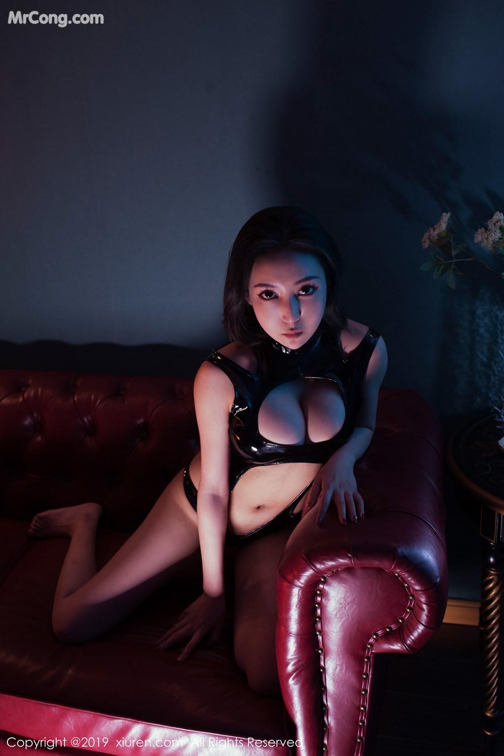 Image XIUREN-No.1374-Ju-Yin-MrCong.com-003 in post XIUREN No.1374: Ju Yin (姖尹) (46 ảnh)