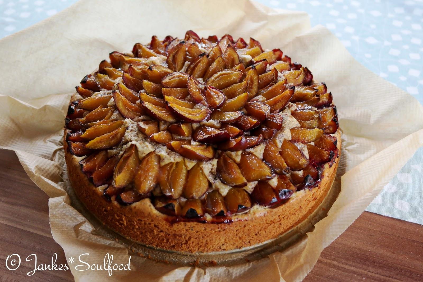 Zwetschgen-Nuss-Kuchen