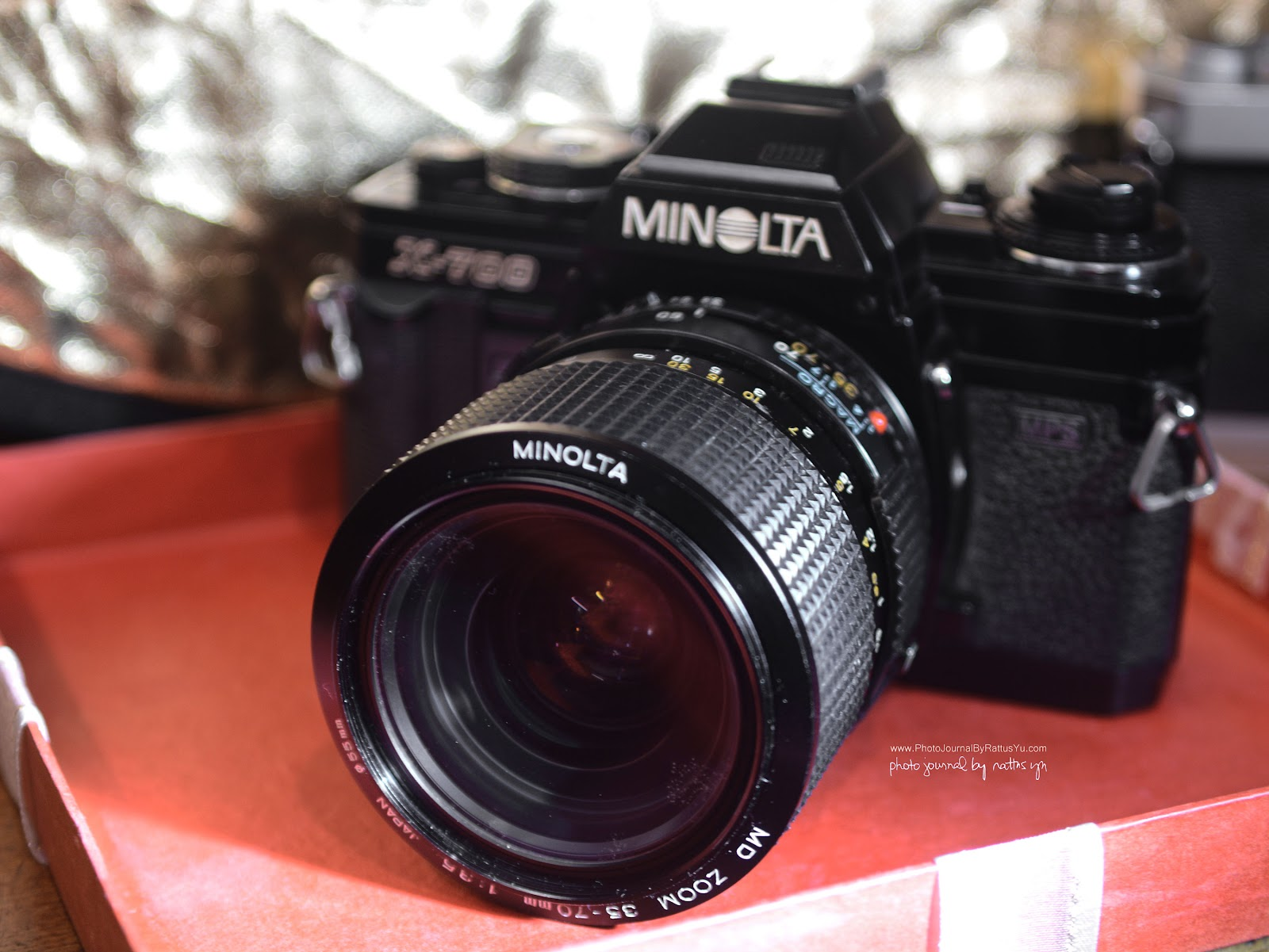 Minolta MD Zoom 35-70mm f3.5 Macro (V.3) with Minolta X700