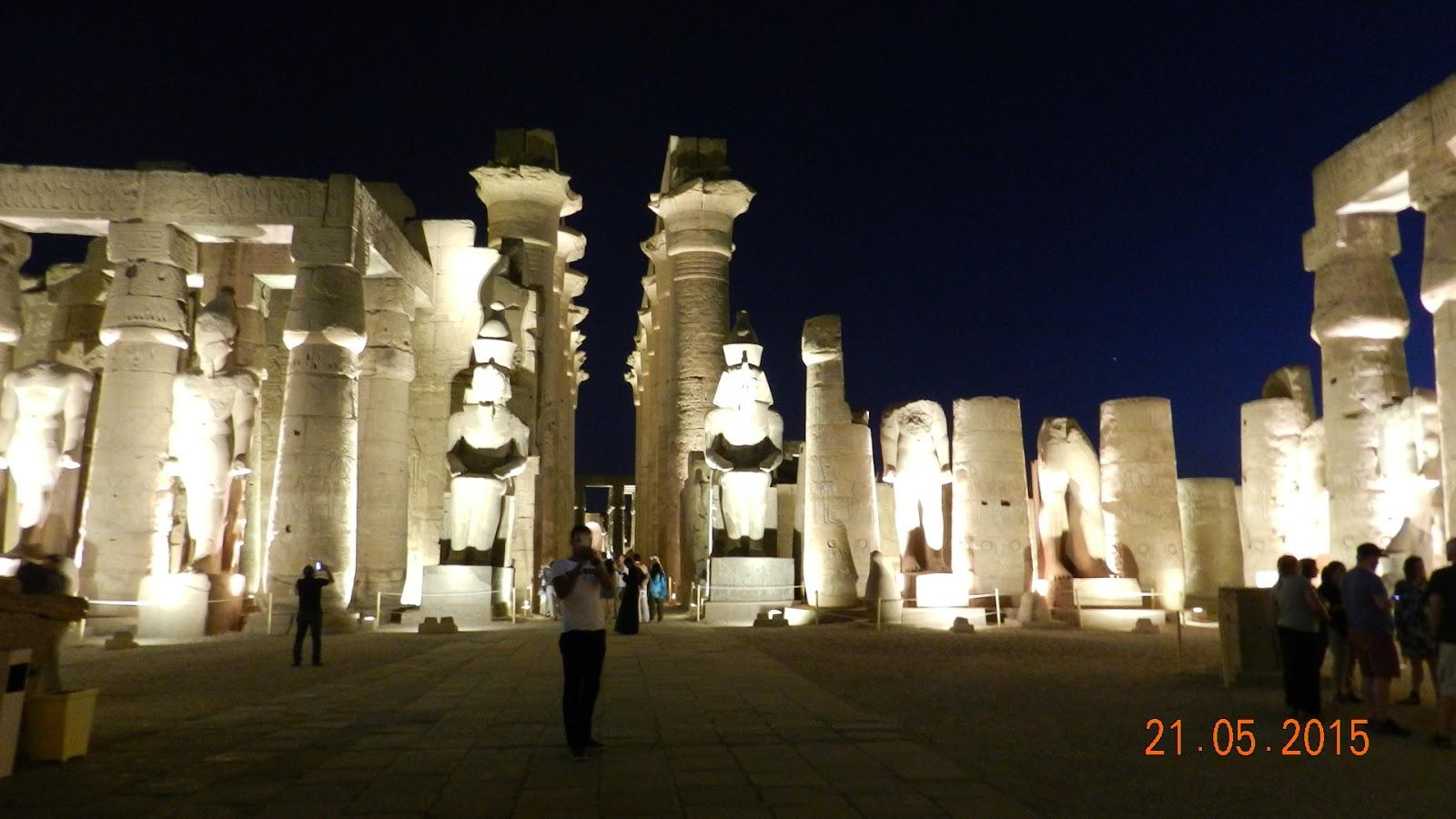 Mısırın antik tapınakları. Mısırın görülecek yerler: tapınaklar, saraylar, kale