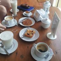 Desayuno en La Beduina, Colonia