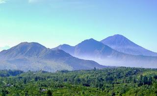 Gambar Pegunungan