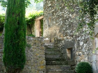 Pierre du XVIII Jardins-Maisons edited by lb for (l&l)