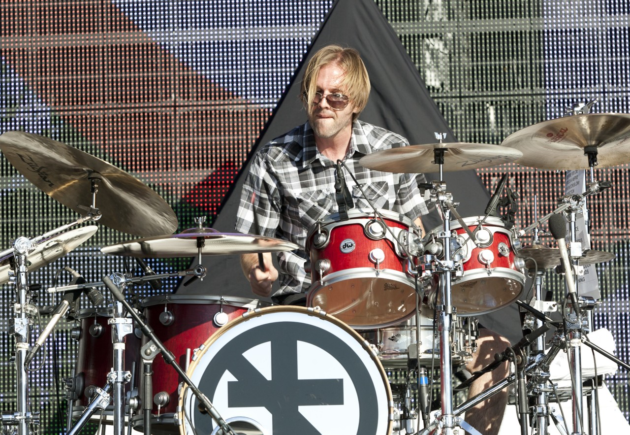 avenged sevenfold news avenged sevenfold 39 s new drummer brooks wackerman performs for lemmy. Black Bedroom Furniture Sets. Home Design Ideas