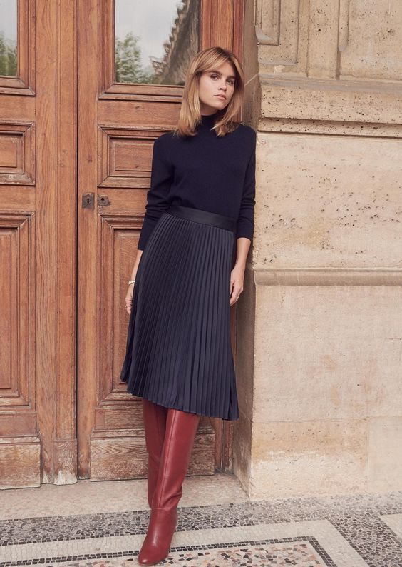 2ccda4f18 Chic date night | Turtle neck sweater, pleated skirt and red leather boots