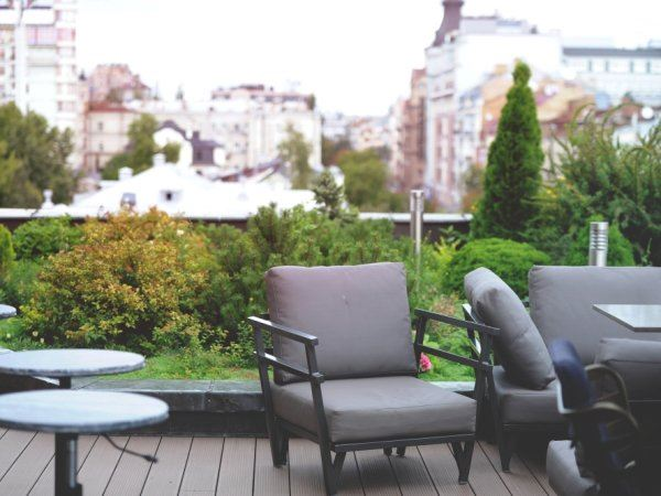 Ideas To Turn A Rooftop Into A Mini Garden 7