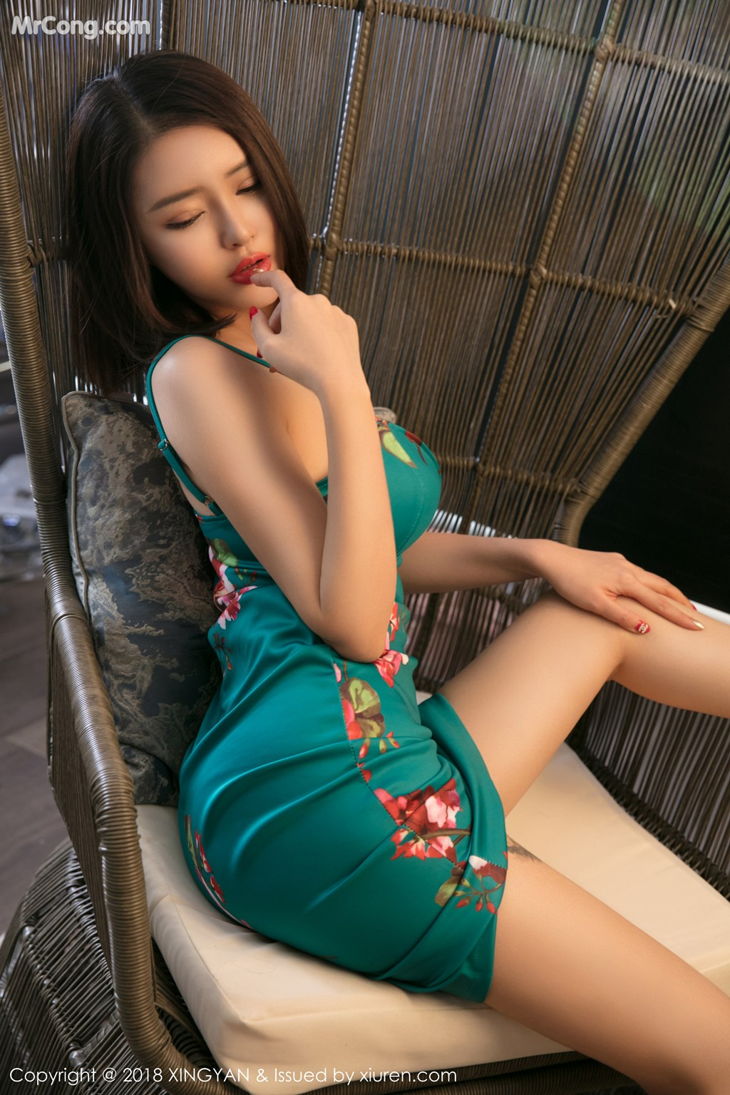 Image XingYan-Vol.100-Various-Models-MrCong.com-001 in post XingYan Vol.100: Various Models (102 ảnh)