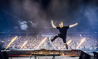 """Lirik Lagu Martin Garrix - There For You"""
