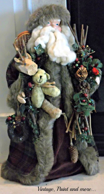 Vintage, Paint and more... Christmas mantel with vintage Santa