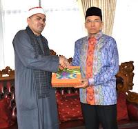 Imam Besar Syaikh Ezzat Sayyid Terkesan Semangat Beribadah Masyarakat NTB