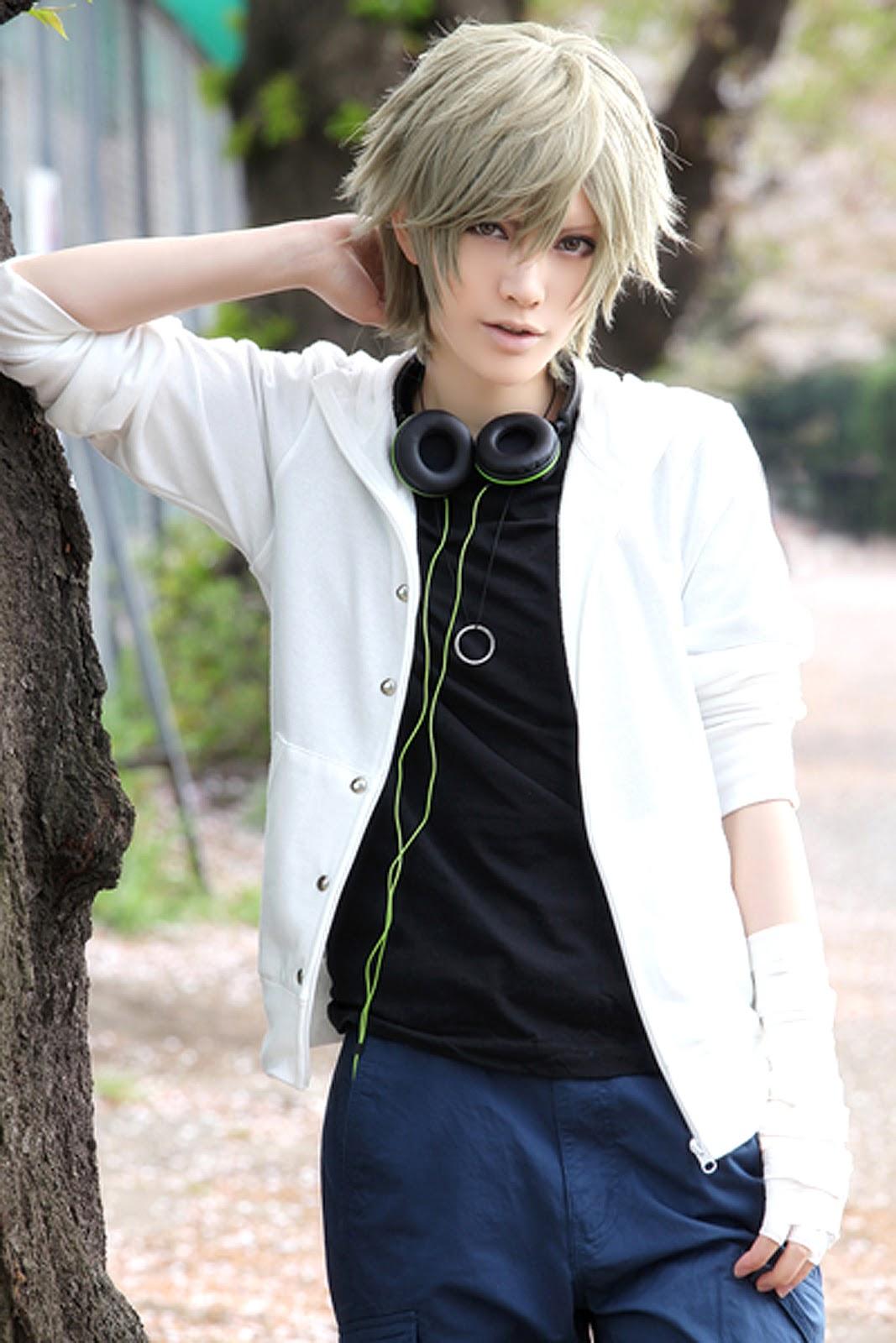 Itazura Sampatness: Cosplay Idol: Hibiki Touya