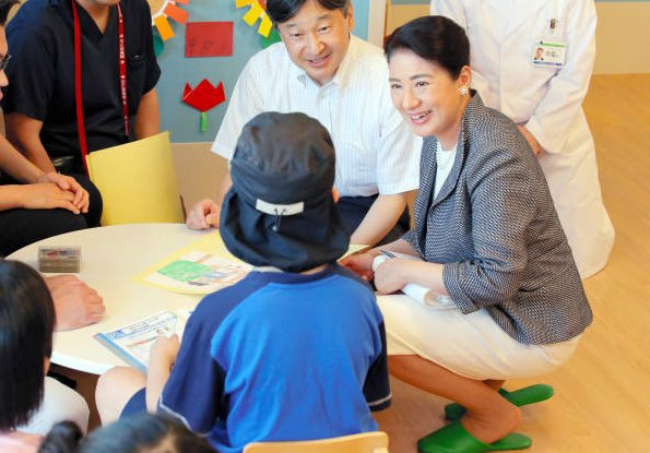 Crown Prince Naruhito and Crown Princess Masako of Japan visited Kobe Children's Hospital and Kobe Proton Center in Kobe