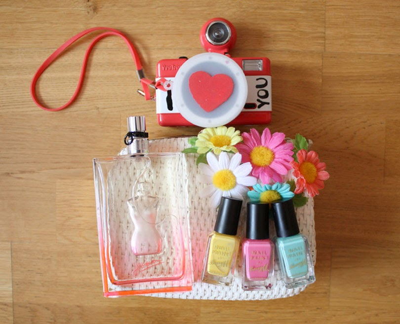 lomography fisheye camera barry m jean paul gaultier perfume