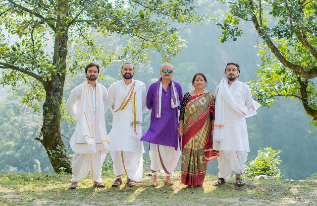 dobhal brothers family, dobhal bandhu parivar parichay, pandavass family, prem mohan dobhal, ishaan dobhal, kunal dobhaal, salil dobhaal, sateswari dobhal