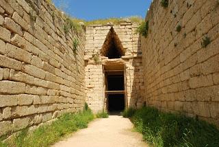 Τι προκάλεσε την κατάρρευση του Μινωικού και Μυκηναϊκού πολιτισμού;