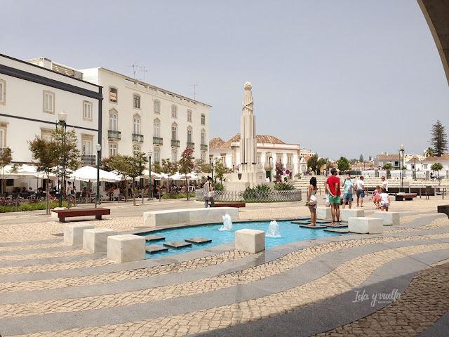 Tavira Plaza de la República