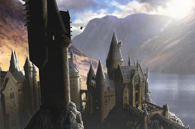 No inicio do mês, o Pottermore deu uma informação inesperada. Até o século XVIII, Hogwarts não tinha banheiros. Mas como os alunos faziam as suas necessidades? Como um bom bruxo, utilizando magia. Os estudantes podiam se aliviar aonde achassem mais propício e depois utilizavam um feitiço para fazer o cocô desaparecer.