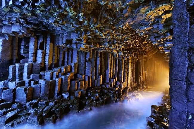 Fingal's Cave, Scotland - 6 Caves That Are Pure Magic