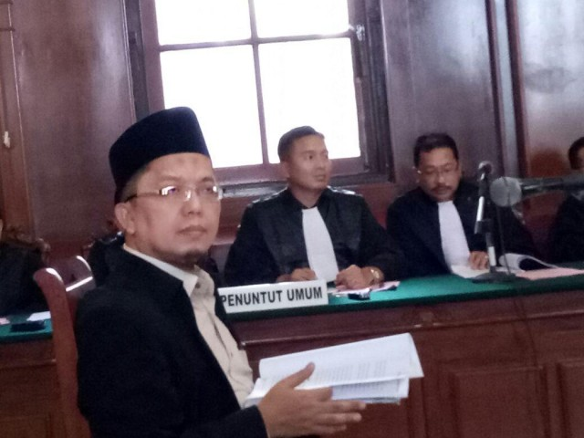 Alfian Tanjung Dipindah, Kuasa Hukum: Perlakuan Beda dengan Ahok