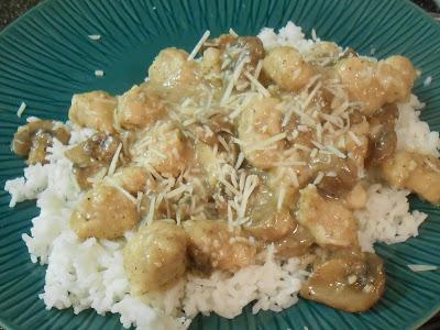 Chicken-Mushrooms-Garlic- White-Wine-Sauce