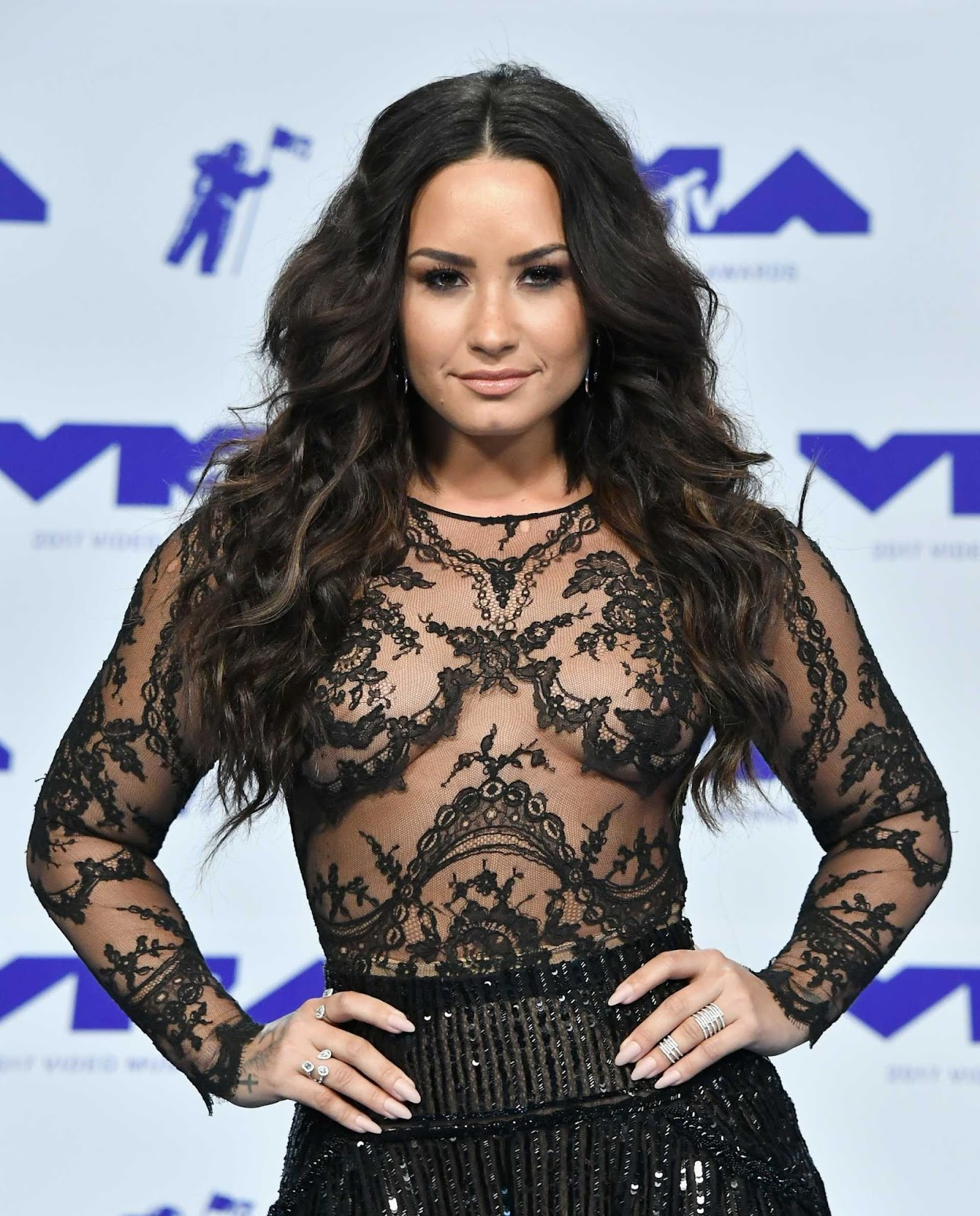 Demi Lovato bares nipples at the 2017 MTV VMAs