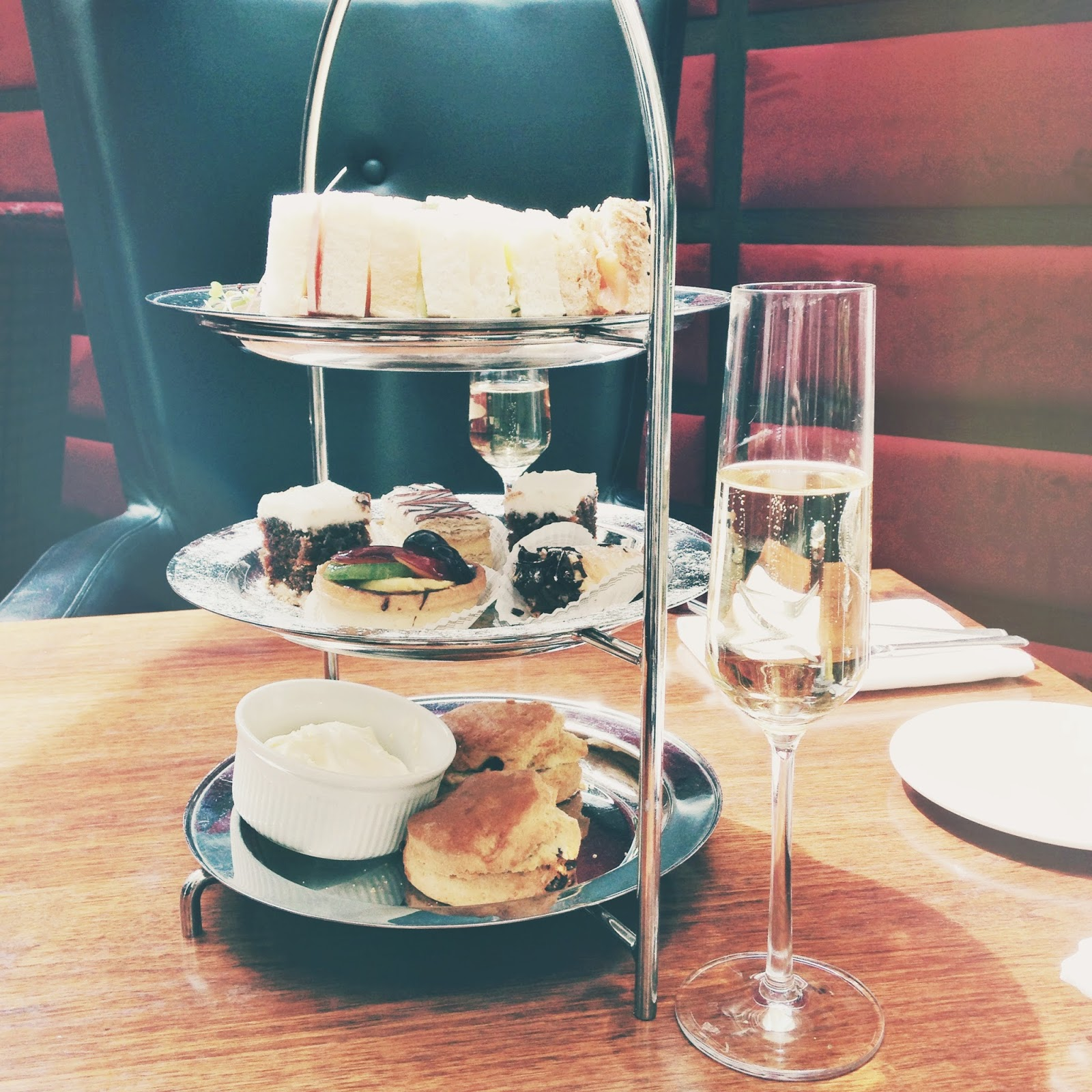 the rembrandt hotel afternoon tea