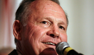 Trump says Alabama's GOP Senate hopeful Roy Moore will 'do the right thing and step aside' if allegations of sexual contact with minors are true