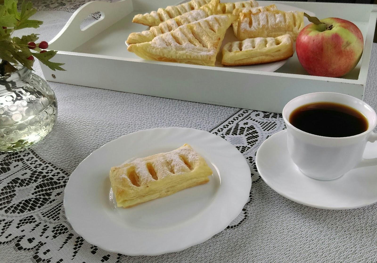 ciasto francuskie z jabłkam