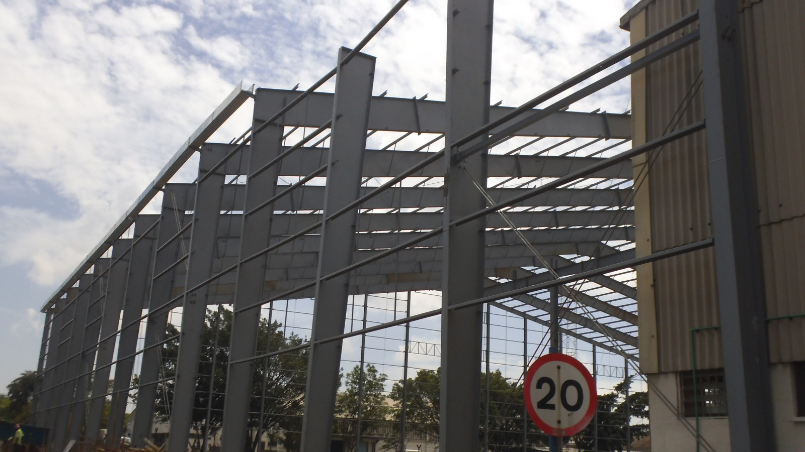 Primary Constructions Using Steel Structure
