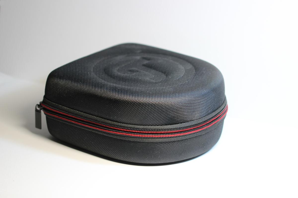 Teufel Airy Bluetooth-Kopfhörer - Transporttasche