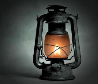 Puisi Sedih Terbuang Masa Laluku Karya Zahrotun Nurur Ramadani