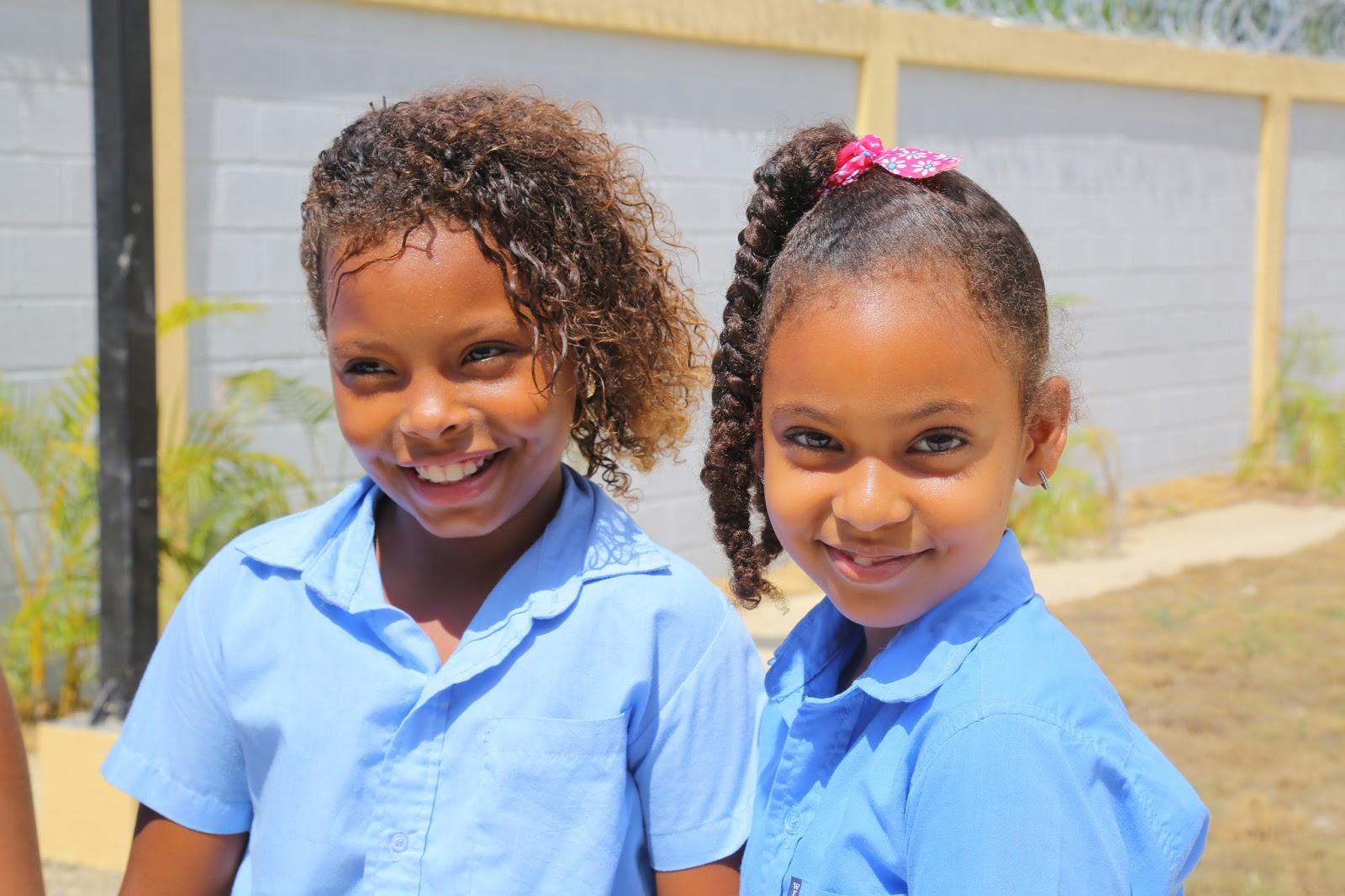 Revolución Educativa llega a Montellano, Puerto Plata; estudiantes reciben escuela Juan Lockward. Danilo también entrega dos estancias infantiles