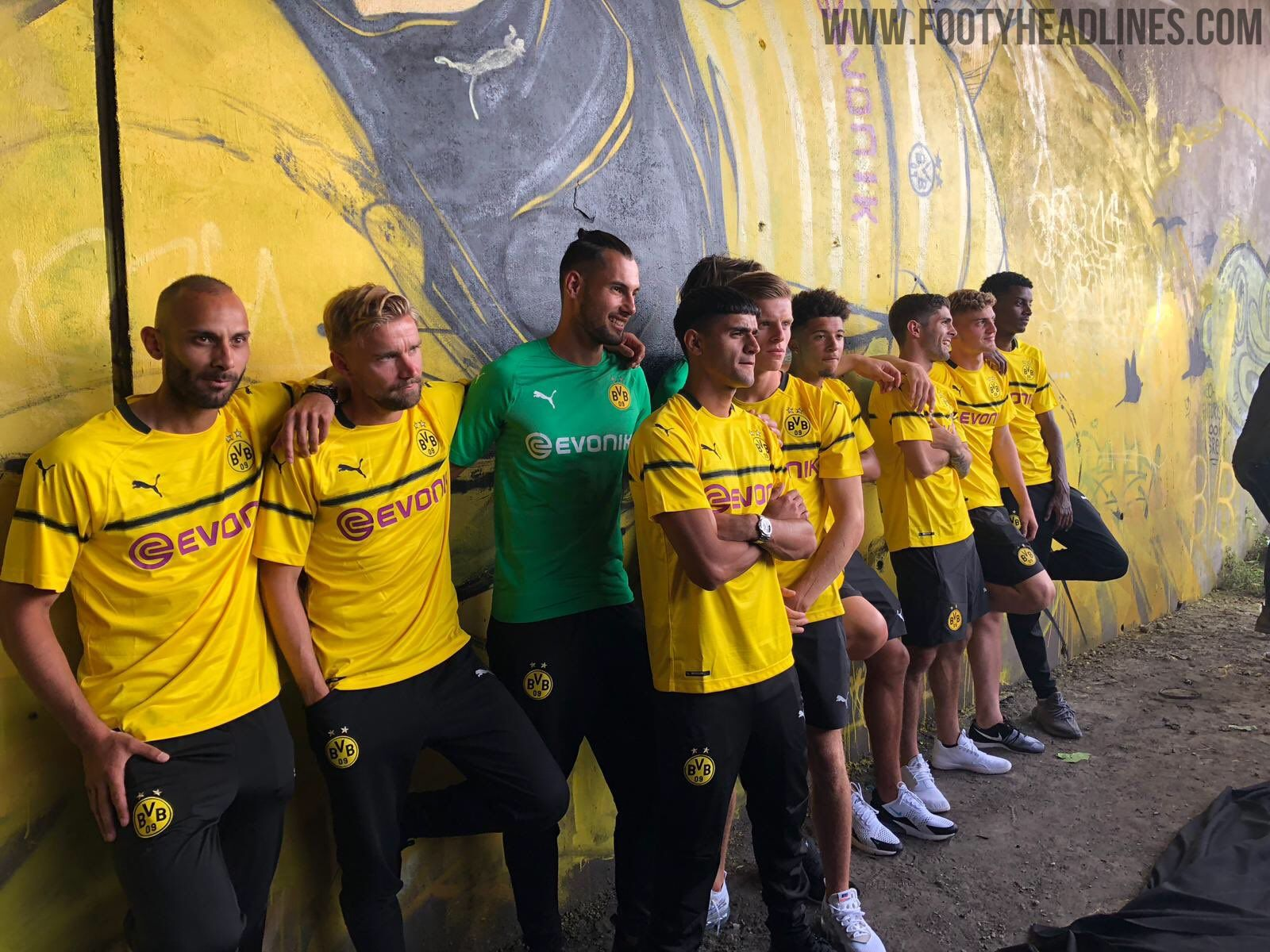Dortmund 18-19 Champions League / Cup Kit Released - Footy Headlines