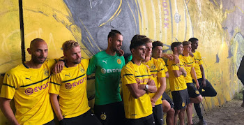 Dortmund 18-19 Champions League   Cup Kit Released 1883d1209
