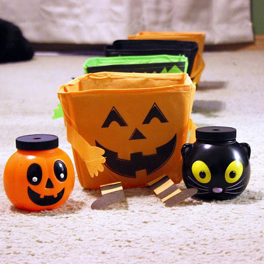 Halloween Toss Game - Great for home or school Parties!