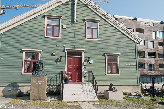 Roal Amundsen y el museo polar en Tromso. Noruega